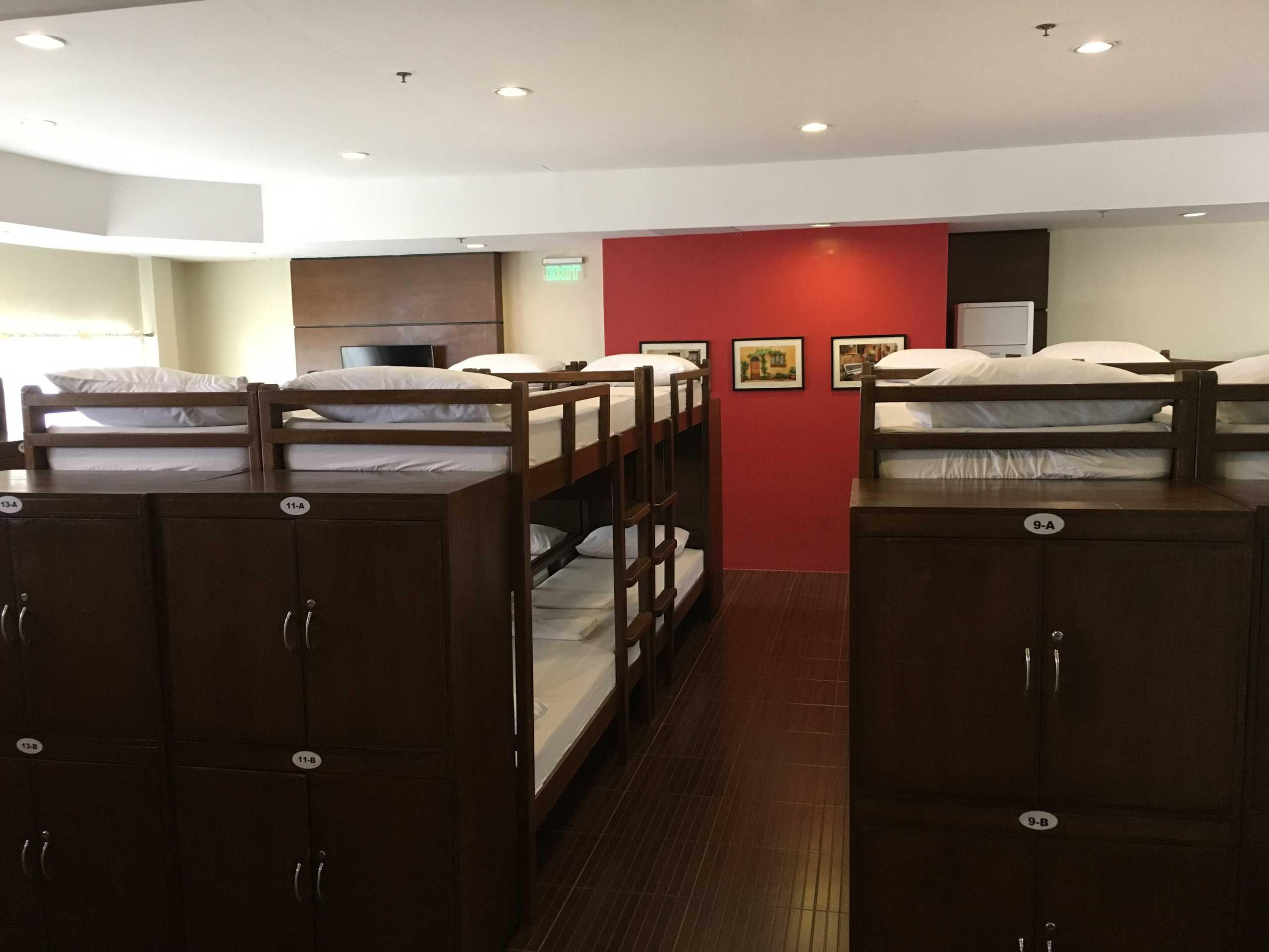 Hotel Dormitory B 1